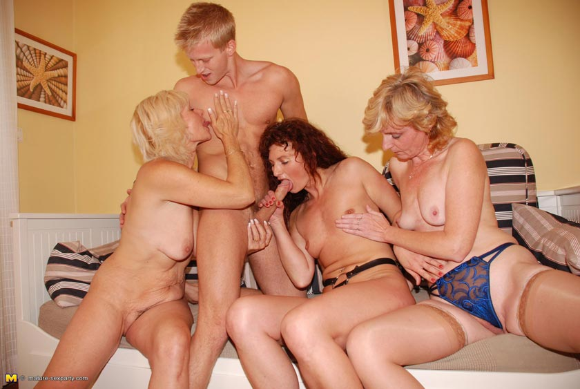 married threesome pictures